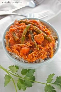 Slow cooker chicken and sweet potato curry | yankeekitchenninja.com