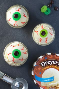This terrifying treat will have your kids' taste buds jumping with fright! Start by decorating scoops of vanilla ice cream with gummy and chocolate candies for