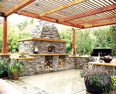 outdoor-brick-oven, a must for our awesome homemade pizza w/ fresh mozz & basil.