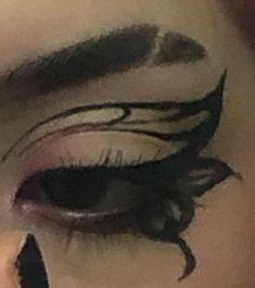 Edgy Makeup, Makeup Eye Looks, Grunge Makeup, Eye Makeup Art, No Eyeliner Makeup, Pretty Makeup, Skin Makeup, Punk Makeup, Eyeliner Ideas