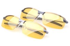 FREE Shipping Pugs Sunglasses Gun Metal Yellow Iridium coating and grey lenses