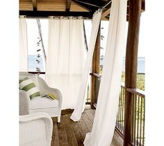 Outdoor drapery panels are becoming increasingly popular! I think they bring a touch of the indoor whimsy to outdoor spaces. Outdoor Curtain Rods, Outdoor Drapes, Outdoor Decor, Outdoor Living, Deck With Pergola, Pergola Kits, Diy Pergola, Pergola Plans, Gazebo Ideas