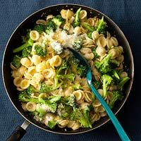 {A pinner said} Pasta with Broccoli Sauce. SUPER easy to make (if you have a food processor.)  It is a very light meal which is great when I just need a little something for dinner or I am not feeling well.  I will be making this a lot more in the summer as a side to steak on the grill and corn on the cob!