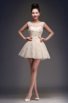 Ball Gown Scoop Short/Mini Lace Prom Dress