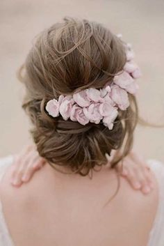 blooming wedding hair updo with white flowers megfishphoto via instagram