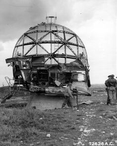 German Würzburg radar at the beach near Arromanches les Bain, Normandy, France, 22 June 1944