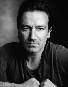 Bono: Paul David Hewson (born 10 May known by his stage name Bono (/ˈbɒnoʊ/ bon-oh), is an Irish singer, musician, and humanitarian best known for being the main vocalist of the Dublin-based rock band U2 Music, Music Icon, Pop Rock, Rock And Roll, Great Bands, Cool Bands, U2 Band, Bono Vox, Paul Hewson