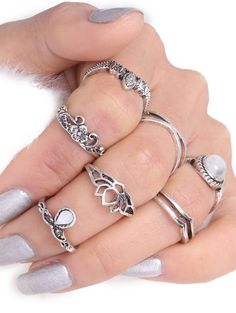 SHARE & Get it FREE | Teardrop Leaf Flower Gypsy Ring Set - SilverFor Fashion Lovers only:80,000+ Items • New Arrivals Daily Join Zaful: Get YOUR $50 NOW!