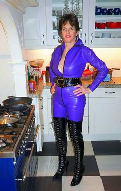 Leather Catsuit, Leather Pants, Jane Moore, Sexy Latex, Sexy Boots, Leotards, Thighs, Cool Outfits, Womens Fashion