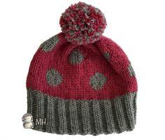 Hoy vamos a anotar un tutorial de punto muy sencillo e ideal para principiantes: gorro de lunares con pompón. Wooly Hats, Knitted Hats, Loom Knitting, Knitting Patterns, Crochet Baby, Knit Crochet, Knit Beanie Hat, Knitting Accessories, Polka Dot