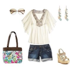 The perfect summer outfit paired with a Thirty-One Demi Purse in Flutter pattern. So cute and only $29 !  www.mythirtyone.com/89335