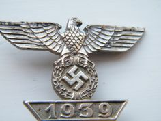 His Medals more details @ www.ww2militaria.net Badges, Military Awards, German Village, German Uniforms, The Third Reich, Military Personnel, Luftwaffe, World War Two, Cliff