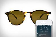 "tz-sunglasses-bluetooth 這個穿戴式 只是在眼鏡上裝ibeacon的感應器,手機可以知道眼鏡放在哪邊,可以防忘記,因為在外國人的觀念中,太陽眼鏡很重要,為了預防皮膚癌,這是我們東方人無法理解的。 這是""最美的穿戴式裝置"""