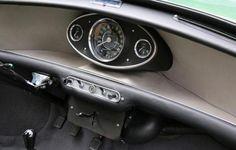How to identify a 1963 - 1964 Austin Mini Cooper S . Yellow Mini Cooper, Mini Cooper Classic, Mini Cooper S, Classic Mini, Classic Cars, Mini Cooper Interior, Mini Morris, Monte Carlo Rally, Mini Cooper Clubman