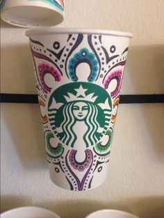 A design perfect for spring by Kelsey Dedoshka. #WhiteCupContest