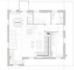 una casa di montagna, open space e con soppalco, rivisitata nello stile, moderna ma ispirata allo stile alpino. Ristrutturata per risparmiare energia.