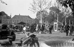 Oude Markt, mei 1938. Vanaf terras van wat nu Poort van Kleef heet.