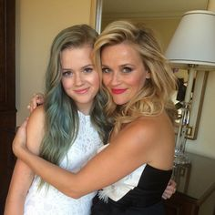 Reese Witherspoon's Daughter Ava Phillippe is Celebrating Her 17th Birthday Today — See More Famous Moms With Their Lookalike Daughters!