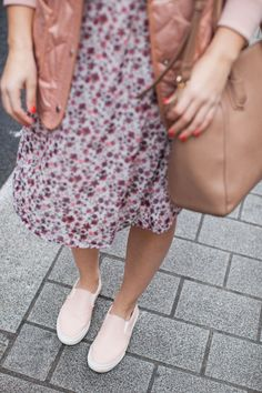 The Light Layering Piece by fashion blogger Dana from Pink Champagne Problems