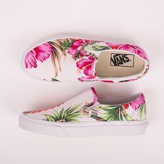 Roo's Beach - Vans Classic Slip On White Hawaiian Floral Shoes Vans Slip On Shoes, Custom Vans Shoes, Fancy Shoes, Slip On Sneakers, Me Too Shoes, Floral Vans, Floral Shoes, Painted Sneakers, Painted Shoes