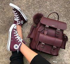 Usaria esse ? #elegance #sapatosperfeitos #tendencia #sapatinhodeluxo #amosaltoalto #modinha #sapatodefesta #instamoda #sapatosonline #mulheresdebomgosto #mulhereslindas #amosalto #estilofeminino #sapatosimportados #sapatofeminino #lookdodia
