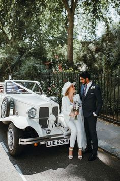 A Hugo Boss Suit, White Fedora + Veil for a Very Modern + Intimate London Wedding at Chelsea Old Town Hall | Love My Dress® UK Wedding Blog + Wedding Directory Renewal Wedding, Wedding Art, Wedding Music, Wedding Suits, Wedding Photos, Wedding Blog, Wedding Decor, Wedding Reception, Wedding Dress