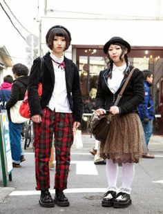 Cute Harajuku girls in hats, white blouses and creepers from Esperanza and Spinns. Print Chiffon, Chiffon Skirt, Plaid Pants, Tartan Plaid, Japanese Lifestyle, Harajuku Girls, Under Dress, Japanese Street Fashion, Girl With Hat