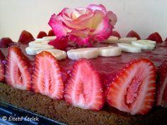 Éltető ételek: Epres torta újratöltve