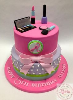 Makeup Themed Birthday Party Ideas – Saubhaya Makeup makeup ideas for 11 year olds - Makeup Ideas Makeup Birthday Cakes, Birthday Cakes Girls Kids, Barbie Birthday Cake, Spa Birthday Parties, Themed Birthday Cakes, Themed Cakes, Makeup Cakes, Fruit Birthday, 25th Birthday