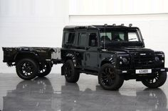 Land Rover Defender 110 Station Wagon Twisted P10 2.4 TDCI | Alexanders Prestige Cars