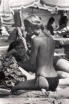 St. Tropez, FRANCE, 1978, by Elliott Erwitt.