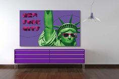 Tableau New York City par Izoa. Canvas New York City by Izoa. #NYC  Voilà un tableau déco qui va en faire sourire plus d'un ! Découvrez donc la #Statue de la Liberté sous un nouveau jour, plus amusant et moderne que jamais !