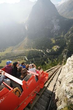 Gelmerbahn (almost like a rollercoaster) - Innertkirchen, Switzerland Beautiful Places To Travel, Best Places To Travel, Oh The Places You'll Go, Cool Places To Visit, Places In Switzerland, Geneva Switzerland, Travel Goals, Travel Around The World, Adventure Travel