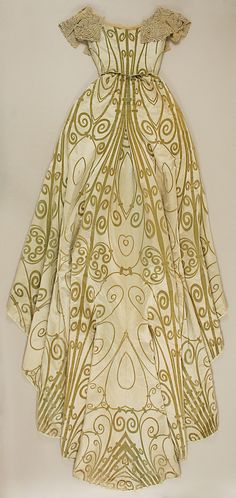 Gold & ivory ensemble of silk, pearls, & rhinestones, House of Worth, French, c1898-1900