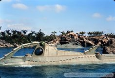 20,000 Leagues Under the Sea, Walt Disney World, December 1971 || GORILLAS DONT BLOG