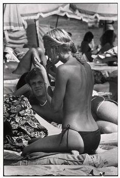 Elliot Erwitt, St. Tropez 1978 #Summer