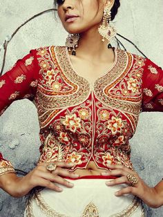 Akalors - India - Dresses & Bridal Wear  #wedding #asiawedding #weddingdress