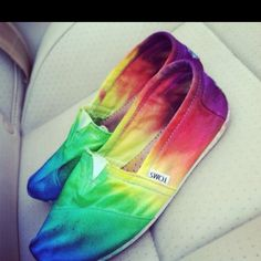 rainbow toms :)