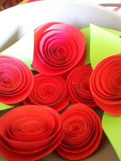 Paper Roses. Santo Domingo. Rosas por encargo de todos los colores.