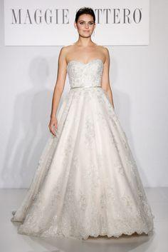 6 trends para vestidos de novia de la Bridal Week FW14 ESCOTE DE CORAZÓN. Maggie Sottero Otoño / Invierno 2014
