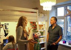 Family of 4 in 700 sq ft – Optimized apartment (Copenhagen)   http://www.godownsize.com/family-700-sq-ft-optimized-mini-apartment-space-copenhagen/