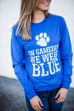 On the day of the game we wear a Kentucky Wildcats University of Ken long-sleeved blue shirt … – Basic Game Day Shirts Cheer Shirts, Uk Shirts, Vinyl Shirts, Sports Shirts, Football Shirts, Monogram Shirts, School Spirit Wear, School Spirit Shirts, Game Day Quotes