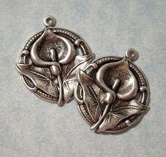 2 Calla Lily Pendants Flower Pendants Earring by charmsgalore