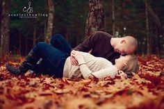 Inspire: Maternity Session by Scarlett Bowling Photography on http://inspiremebaby.com