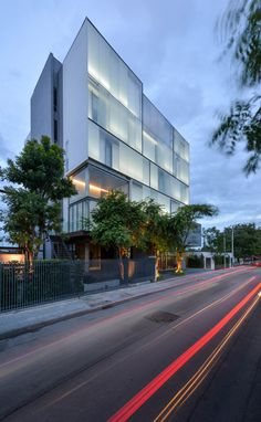 ZONIC VISION OFFICE by Stu/D/O Architects Krisada Boonchaleow