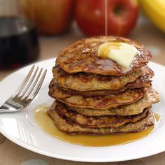 Apple-Cinnamon Pancakes -no flour pancakes they sound YUM must try these soon.