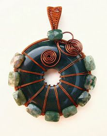 Dawn Blair's Jewelry and Eclectica Blog: Wire Wrapping a Donut!