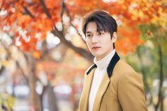 "[Photos] New Stills Added for the Korean Drama ""The King: Eternal Monarch"" @ HanCinema :: The Korean Movie and Drama Database Kim Go Eun, Cha Eun Woo, New Actors, Actors & Actresses, Korean Celebrities, Korean Actors, Korean Dramas, Minho, Lee Min Ho Photos"