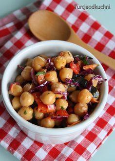 Turcja od kuchni: Moja wersja sałatki z ciecierzycą - tym razem na ostro