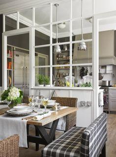 Cloison bois blanc et verre cuisine Acoustic garden via Nat et nature